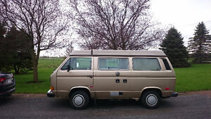 A LOUER (NOT FOR SALE) 1986 Volkswagen Bus/Vanagon/Westfalia