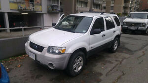 2006 Ford Escape  Hybrid SUV, Crossover