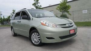 2007 Toyota Sienna, Only 141000 km,Auto,  3/Y Warranty availabl