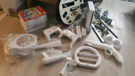 SOLD Working Nintendo Wii Mario guitar bundle game