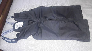 BLACK SNOW PANTS FOR 4T