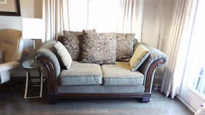 80% off almost new sofa set. Fast sale-moving out of country