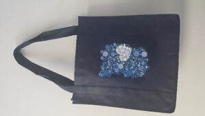 LADIES SCARVES / SHOPPING & GROCERY BAGS