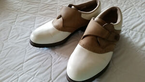 Lady''s golf shoes