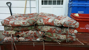 (4 ) SET PATIO CHAIR CUSHIONS USED VERY GOOD CONDITION