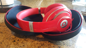 "Beats by dre ""studio"" wired headphones"
