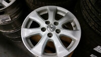 """16"""" Toyota Camry / Corolla Alloy rims TPMS on"""
