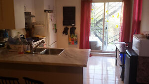 Clean 1st floor 3bdr 61/2 apartment in Plateau