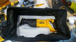 dewalt tool bag new