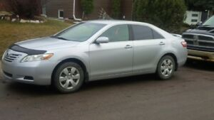 2009 Toyota Camry LE - 130,000kms - NO LOWBALLERS