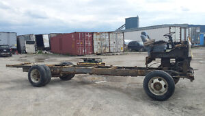 MOTORHOME CHASSIS PERFECT FOR CAB OVER PROJECT