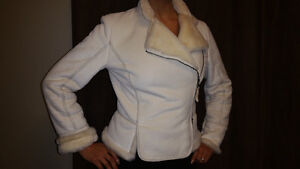 Looking for some classy fashionable business like outfits .?? Kingston Kingston Area image 8