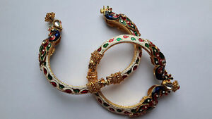 Traditional Bracelets with screws