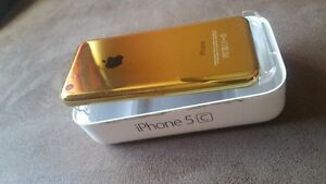 Phone 5c 16GB hard to find like new mirror gold Wind Mobilicity