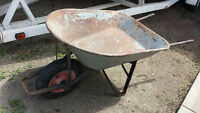 WHEELBARROW/YARD CART