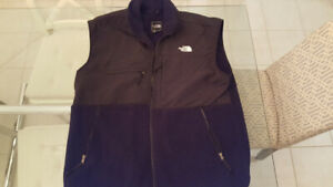 BRAND NEW NORTH FACE SPRING/FALL VEST - SIZE XXL