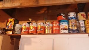 COLLECTION 34 PICES OF GAS  OIL AND TOBACCO TEXACO SHELL GULF