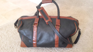 Clyde leather black and brown bag (Mens)