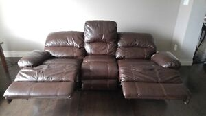 Genuine automatic reclining leather couch London Ontario image 2