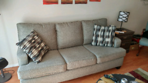 Couch in great condition!