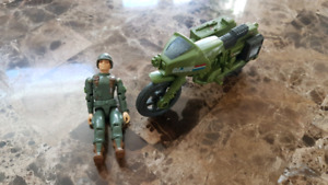 G.I. Joe Rapid Fire Motorcycle + 1 figurine
