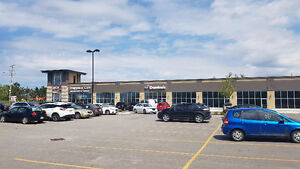 COMMERCIAL SPACE AVAILABLE IN LINDSAY - 449 KENT STREET Peterborough Peterborough Area image 2