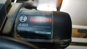 """Bosch 4405 10"""" slide mitre saw and Bosch T1B Stand"""