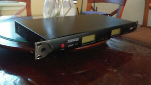 SHURE UHF U4D SYNTHESIZED DIVERSITY TUNER (RECEIVER)F/R 750.000