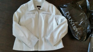 Ladies   leather fitted coat brand new from Danier