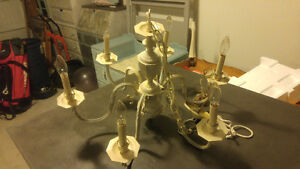 Chandelier - $149 (Willoughby)