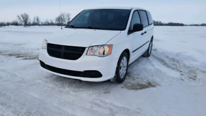 2014 Dodge Grand Caravan Accident free -Price reduced!-