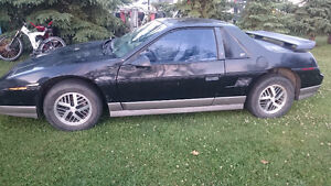 1985 Pontiac Fiero GT Coupe (2 door)
