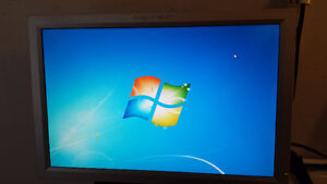"Used Metro 20"" LCD Computer Monitor for Sale"