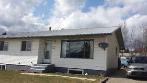 House for rent in Grande Cache