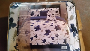 5 Piece Double/Queen Comforter Set