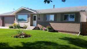 ACADIA LOWEST PRICED HOUSE WITH GARAGE 7000 SF LOT
