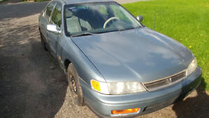 1995 Honda Accord Berline NEGO!!