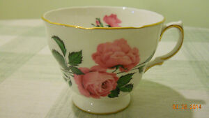 collectible real porcelaine cup+plate
