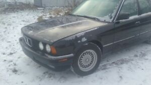 CLASSIC 1991 BMW 535i, AUTO, NICE CONDITION