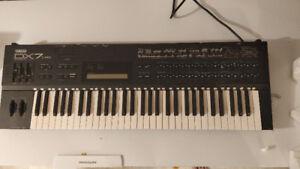 Vintage Yamaha DX7IIFD Synthesizer Original Box PERFECT Cond.OBO