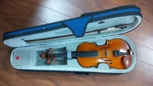 Student Violin Outfits 3/4, 1/2, 1/4, 1/8 Sizes in New Condition