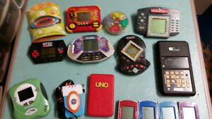 BATTERY OPERATED HANDHELD VIDEO GAMES & TOYS