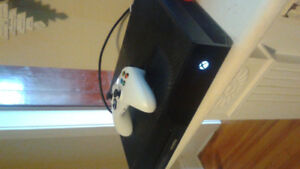 Xbox one original with white controller $200 flat