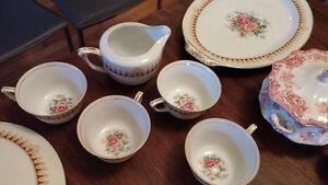 Vaisselle antique / Antique dishes West Island Greater Montréal image 6