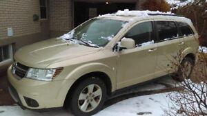 Dodge journey 2011  sxt Bluetooth  PNEUS HIVER ET ÉTÉ