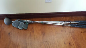 Lady left hand golf set - 3,5,7,9 and driver