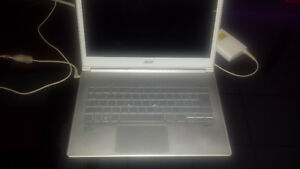 Acer S7-391, i7 2.4Ghz, 13,3p Tactile, 256Go SSD (2x128 RAID-0)