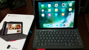 IPad Air 2 with Logitech keyboard cover