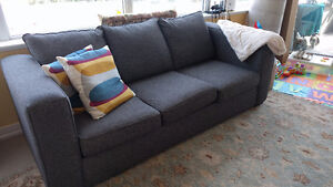 Three-seater couch, dark gray, great condition