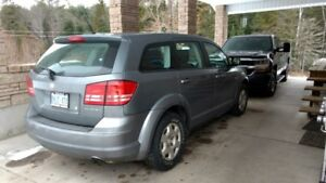Well Maintained 2009 Dodge Journey with LOW MILEAGE